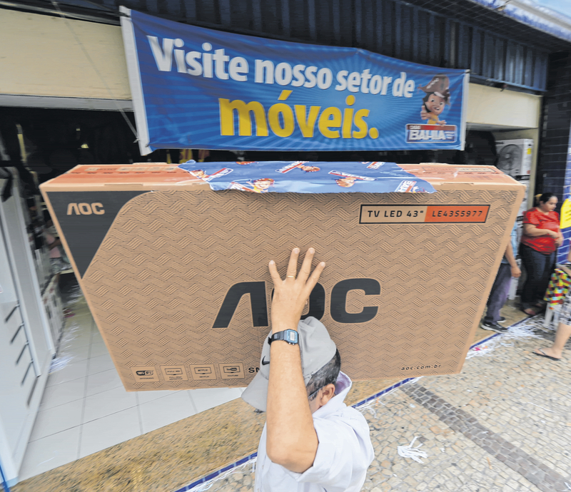 É dia de comprar com descontos na 'Black Friday'