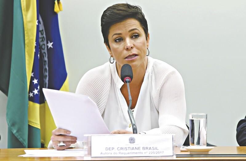 Dívida trabalhista de Cristiane Brasil é paga por funcionária da ministra