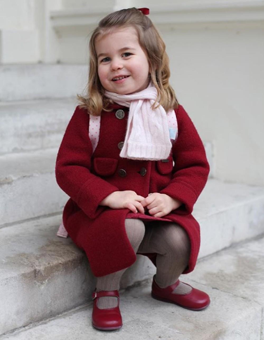 Princesa Charlotte vai à creche pela 1ª vez em 2018