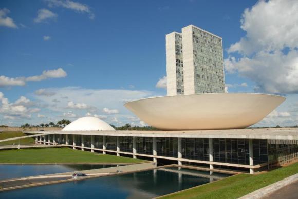 Suplentes no Congresso Nacional recebem até R$ 67 mil para despesas