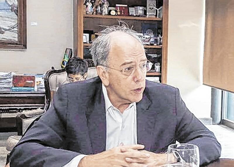 Petrobras apresenta proposta para ceder controlo de quatro refinarias