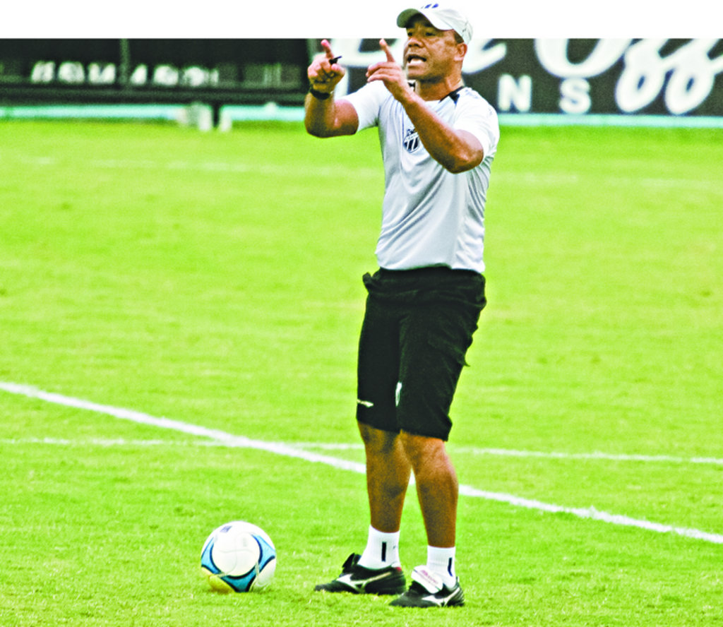 Sérgio Soares, técnico do Ceará